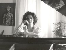 French Pianist Élizabeth Herbin