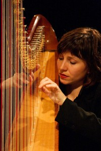 Sandrine Chatron harpist
