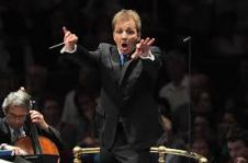 Thierry Fischer orchestra conductor